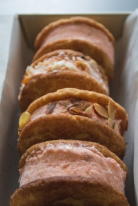 Snickerdoodle Peach Ice Cream Sandwiches by Mel Bakes Things